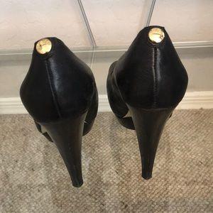 Michael kors black heels/ pumps